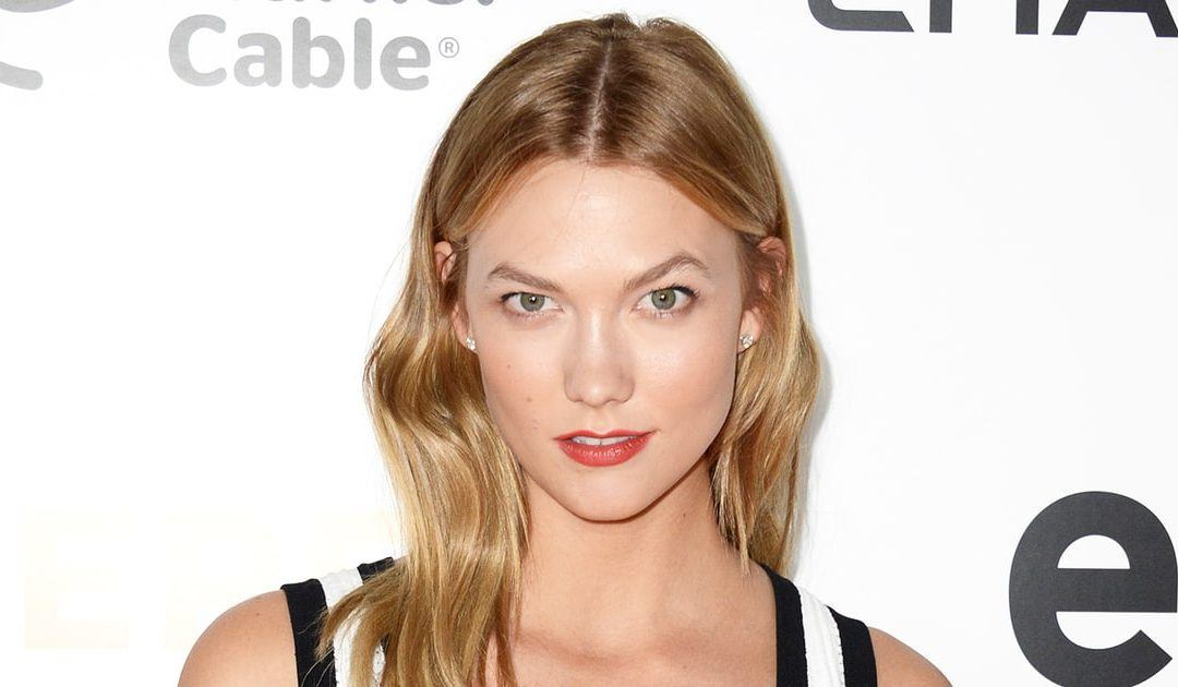 Frizz Free – Karlie Kloss' Hairstylist Shows Us How to Tame Frizzy Hair –  Us Weekly